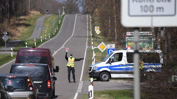 Tourismusverbot: Mecklenburg-Vorpommern weist Dutzende Autofahrer aus
