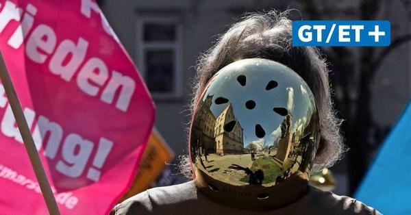 Oster-Kundgebung: Göttinger Friedensforum fordert Sicherheit durch Abrüstung