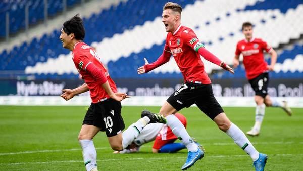 Wahnsinn in Hannover! Haraguchi rettet Hannover einen Punkt gegen den HSV - Sportbuzzer.de