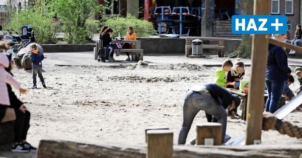 Wakitu-Spielplatz: Stadt baut Geräte wegen Pilzbefall ab