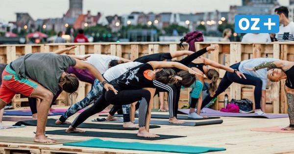 """Rostocker Stadthafen: Yoga Harbour """"Buddha bei die Fische"""""""