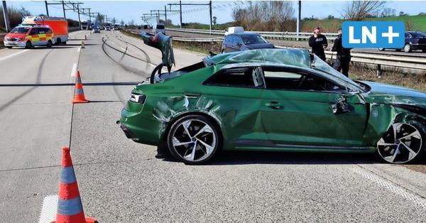 Unfall auf der A 1 bei Reinfeld: Audi-Fahrer hatte keinen Führerschein
