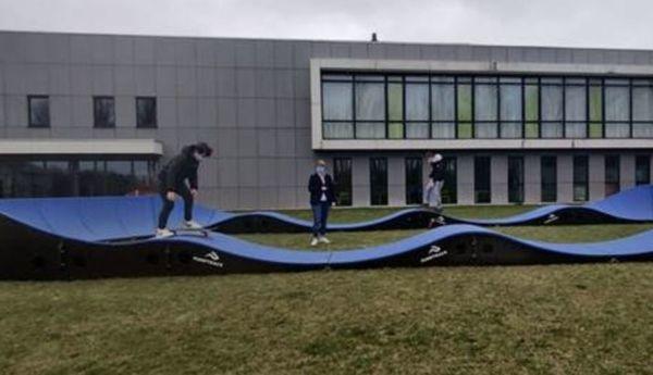 Le Pumptrack, une nouvelle activité à tester pour les aventuriers sportifs à Furnes - Pumptrack voor sportieve avonturiers in Veurne