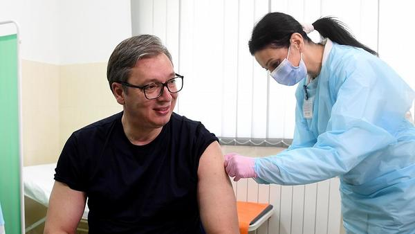 Serbia invites its neighbours over for a COVID vaccine   Euronews