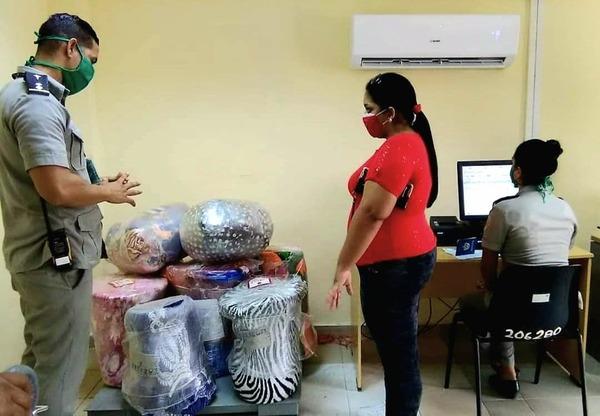 Regulan control aduanero de los envíos y autorizan operadores postales privados en Cuba