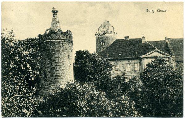 Aus historischer Sicht gehörte der Storchenturm als Wach- und Wehrturm zur Vorburg der einstigen Bischofsresidenz Ziesar. (Foto: Sammlung Hesse)