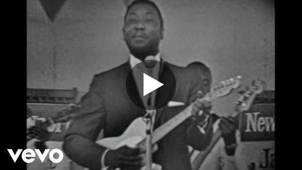 Muddy Waters - Rolling Stone (Catfish Blues) (Live)