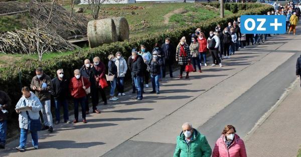 Greifswald: Ausnahmezustand vor Impfzentrum – 600 Menschen stehen an