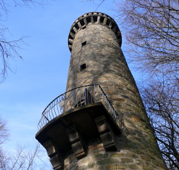 Der Wilhelmsturm auf dem Wölpinghauser Berg. (Foto: Frank Oppermann)