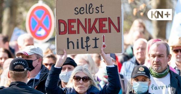 Corona-Demo von Lockdown-Kritikern in Kiel aufgelöst