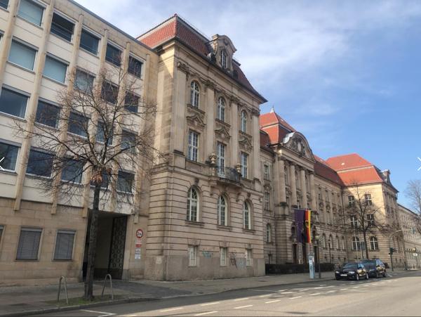 Der Bundesrechnungshof in der Dortustraße. Foto: Peter Degener