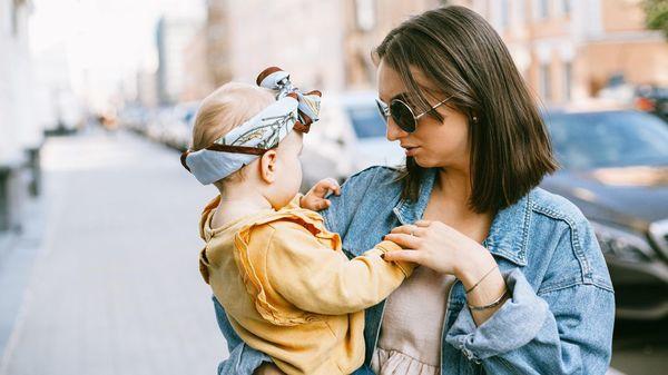 Mini-Me: Wenn Kinder zum Modeaccessoire ihrer Eltern werden