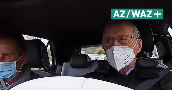 """""""Ein wahrer Genuss"""": VW-Legende Carl Hahn ist vom ID.3 begeistert"""