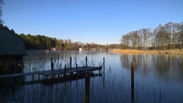 Der Große Zechliner See bei Beckersmühle. Foto: Peter Geisler