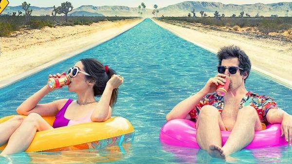 🎥 Palm Springs