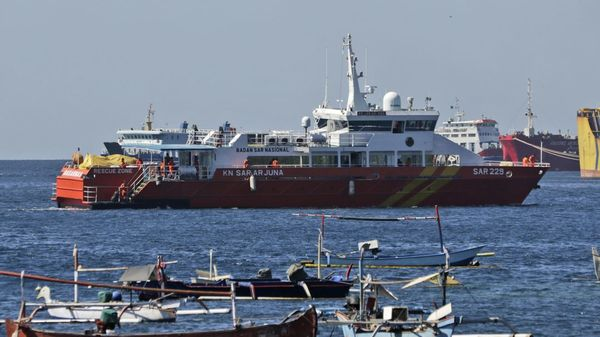 Indonesisches U-Boot vermutlich auf Meeresgrund: Sauerstoff reicht noch bis Samstagfrüh