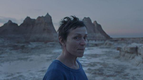 """""""Nomadland"""" ist bester Film: Darum geht es im Drama"""