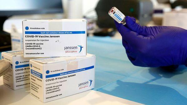 Weniger Dosen von Johnson & Johnson geliefert – Arztpraxen starten später mit Impfungen