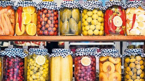 Traditionell Kochen: Wie funktioniert beizen, fermentieren und einkochen? Tipps und Rezepte