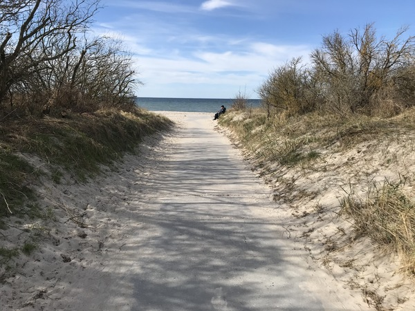 Der Zugang zum Strand in Timmendorf  (Foto:  Karina Marzewski)