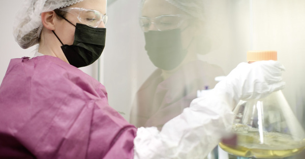 NY Times: Wie Pfizer Impfmittel herstellt