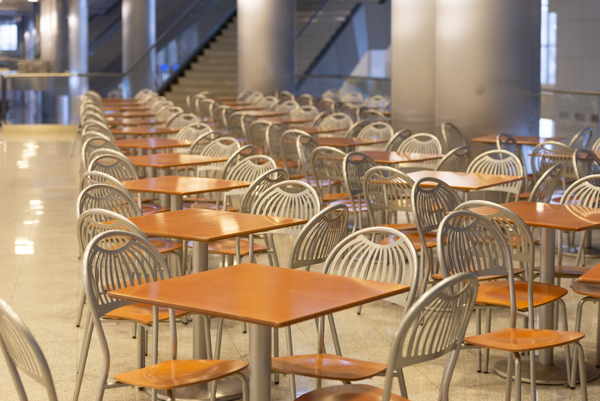 An empty campus dining hall. (iStock/Mikhail Shapovalov)