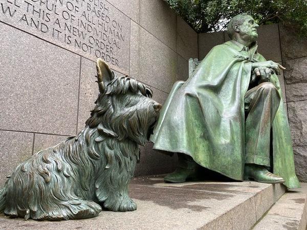 Hund Fala mit Herrchen FDR. Foto: Fabian Reinbold