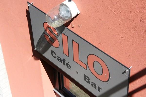 Kultur und Kaffee auf dem Land. Aber wo? Foto: Marlies Schnaibel