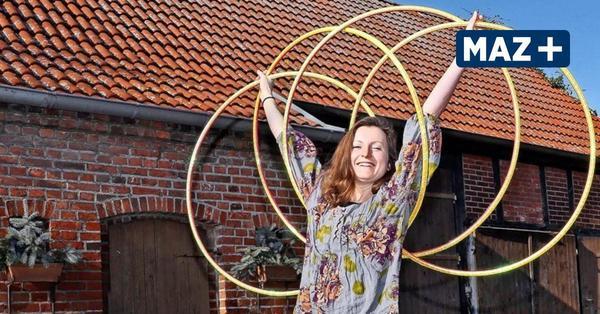Gülpe: Hula-Hoop-Artistin gibt Kurse für Anfänger