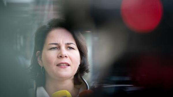 Geschlechtsspezifische Desinformation: Wie Politikerinnen im Netz diskreditiert werden | tagesschau.de