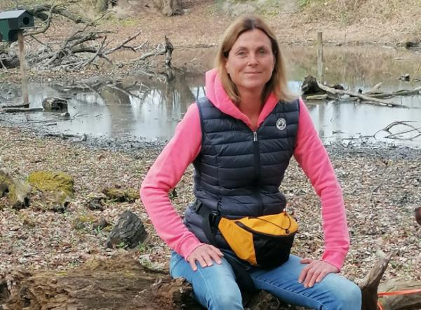 HAZ-Mitarbeiterin Sandra Remmer hat sich auf den Weg durch das Waldstück gemacht. (Foto: privat)