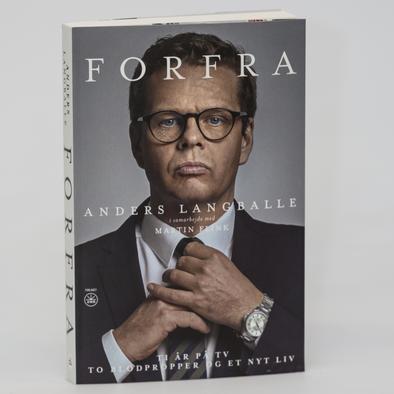 FORFRA af Anders Langballe er skrevet sammen med journalist Martin Flink