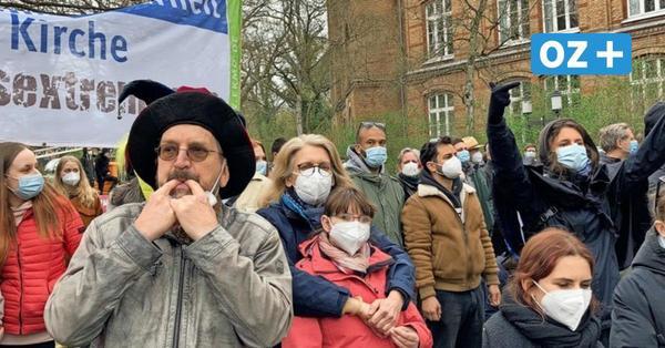 Friedlicher Protest gegen die NPD in Greifswald: Polizei und Aktionsbündnis ziehen positive Bilanz