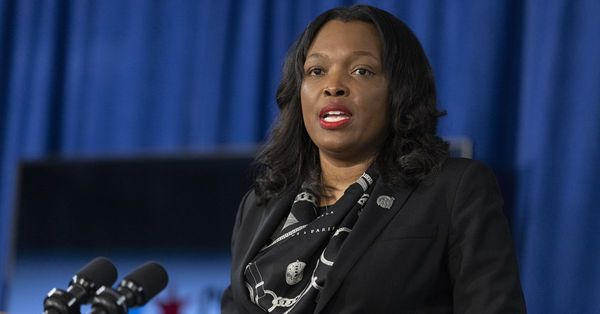Ugly politics driving good leaders out of the Chicago Public Schools