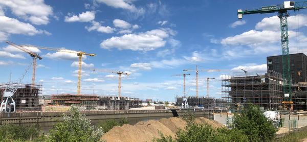 Au royaume des grues : la HafenCity de Hambourg (AD)