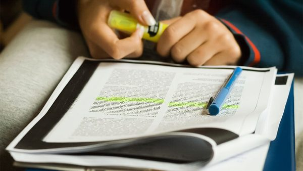 How to (seriously) read a scientific paper | Science | AAAS