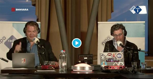 Frank Evenblij en Erik Dijkstra tijdens de opnames van hun radioshow afgelopen zondag