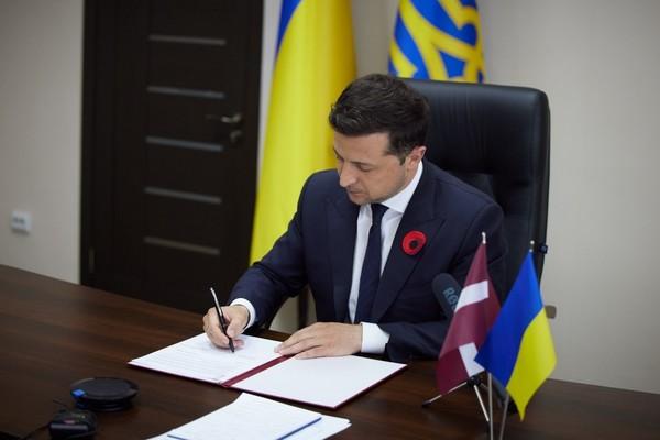 Łotwa śladami Polski i Litwy podpisała z Ukrainą deklarację partnerską - NaWschodzie.eu