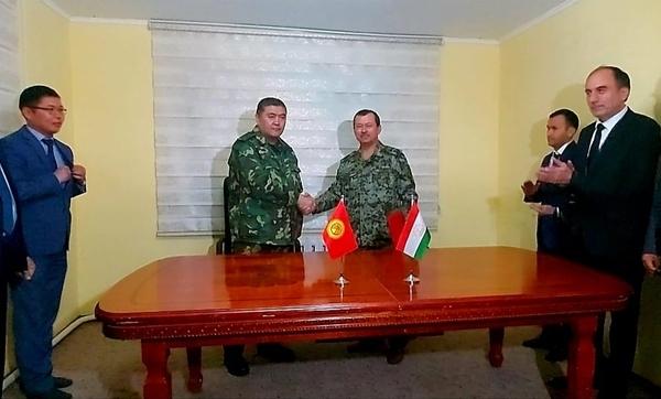 Tadżykistan i Kirgistan wycofały wojska ze strefy przygranicznej. Kryzys zażegnany? - NaWschodzie.eu