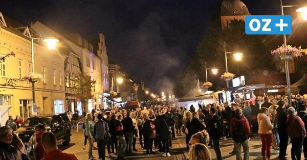 Folklore-Festival in Ribnitz: Kompromiss zur Shoppingnacht