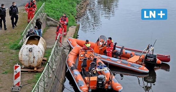 Polizeieinsätze am Vatertag: Feuchtfröhliche Touren mit Kanu und Motorboot