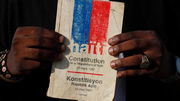 7 février 2021 : Les féministes prônent le respect de la Constitution - KAY FANM