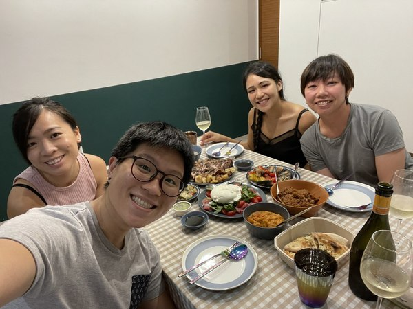 Caught up with Cat and Gen for a nice italian meal just before Covid 1.5 measures were put in place. Cat is my primary school friend btw, and I've known her since I was 7!