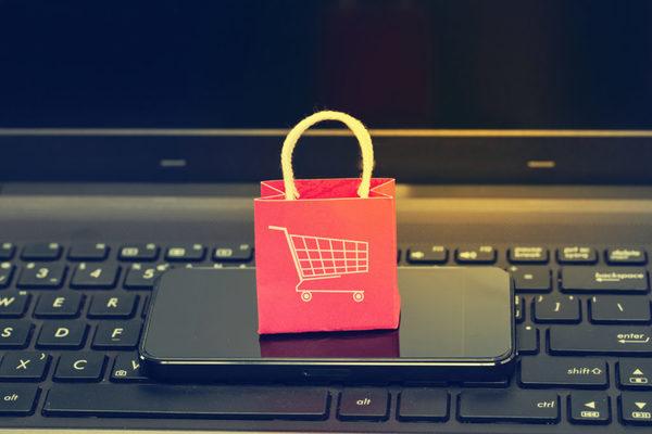 US ecommerce sales climb 39% in Q1 2021