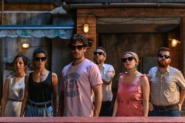 Crítica: 'El vecino' termina coronándose como la misma comedia absurda y loca que nos conquistó, por Beatriz Martínez