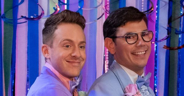 Netflix's 'Special' Has A Lot Left To Say About Disabled Lives, Gay Sex