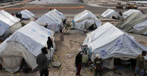 Greece says overcrowding in migrant camps has eased