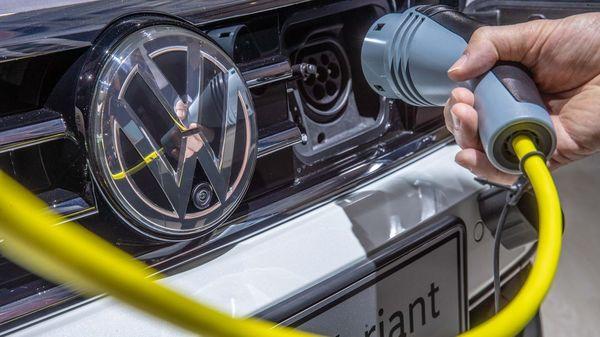 Deutschland fördert Schnellladenetz für E-Autos