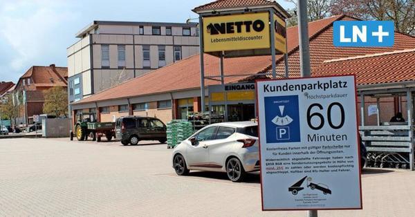 Keine Parkscheibe vor Netto: Warum das Knöllchen drei Jahre später kommt