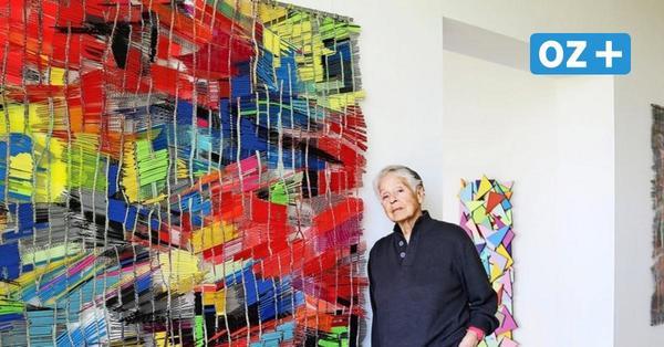 Weben mit Aluminiumstäben: Diese Kühlungsborner Künstlerin schafft zeitlose Kunst